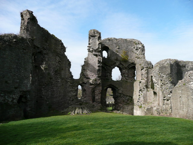 The ruins of this castle are among the top destinations in Abergavenny